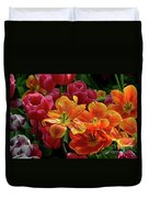 Orange And Red Tulip Lilies In Various Stages Of Bloom Duvet Cover