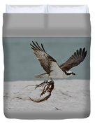 Osprey Flying With Seaweed Duvet Cover