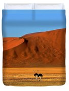Ostriches At Sossusvlei Duvet Cover