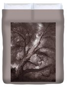Pams Tree  Two B And W Duvet Cover