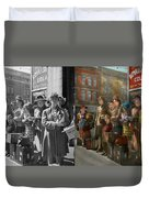 People - People Waiting For The Bus - 1943 - Side By Side Duvet Cover