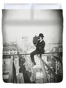 Photographing Nyc Above 5th Avenue - 1905 Duvet Cover