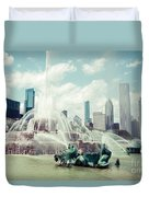 Picture Of Buckingham Fountain With Chicago Skyline Duvet Cover