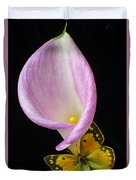 Pink Calla Lily With Yellow Butterfly Duvet Cover