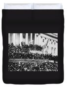 President Lincoln Gives His Second Inaugural Address - March 4 1865 Duvet Cover