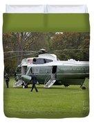 President Obama Walking Toward Marine One Duvet Cover