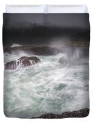Raging Waves On The Oregon Coast Duvet Cover