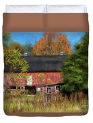 Red Barn In October Duvet Cover