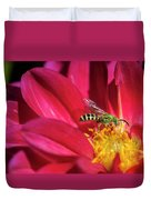 Red Dahlia With Wasp Duvet Cover