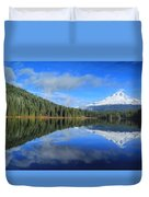 Reflections On Trillium Duvet Cover