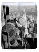 Riveters On The Empire State Building Duvet Cover