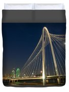 Road Into The City Duvet Cover