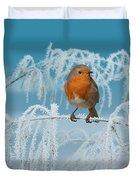Robin On Frosty Grass Duvet Cover
