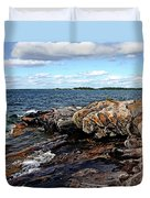Rocky Point - Wreck Island Duvet Cover