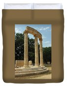 Round Temple At Olympia Duvet Cover