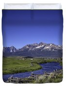 Salmon River And Sawtooth Mountains Duvet Cover