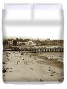 Santa Cruz Beach With Ideal Fish Restaurant 1930's Duvet Cover