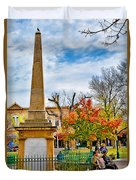 Santa Fe Obelisk A Pigeon And An Accordian Player Duvet Cover