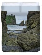 Sea Stacks And Boulders Washington State Duvet Cover