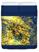 Seaweed On Rock In Ocean Duvet Cover