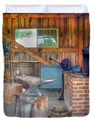 Shaker Blacksmith Barn Duvet Cover