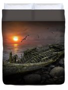 Shipwreck At Sunset Duvet Cover