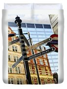 Signpost In London Duvet Cover