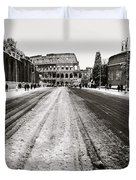 Snow At The Colosseum - Rome Duvet Cover