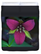 Southern Red Trillium Duvet Cover