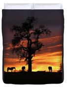 Southwestern Sunrise Color, Silhouetted Oak Tree And Three Horses Duvet Cover