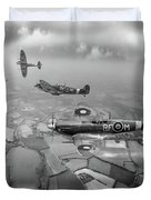 Spitfire Sweep Black And White Version Duvet Cover