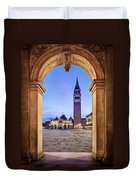 St Mark's Square Arch - Venice Duvet Cover by Barry O Carroll