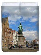 Statue Of Jan Van Eyck Beside The Spieglerei Canal In Bruges Duvet Cover