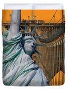 Statue Of Liberty - Brooklyn Bridge Duvet Cover