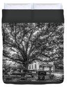 Still Faithful B W God Bethany Presbyterian Church The Old Oak Tree Greene County Georgia Art Duvet Cover