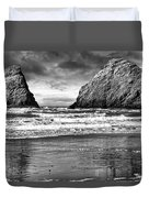 Storm On The Rocks Duvet Cover