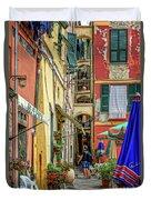 Street Scene Vernazza Italy Dsc02651 Duvet Cover