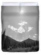 Sun Rays In Yellowstone Bw Duvet Cover