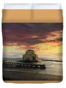 Sunrise At Vista House On Crown Point Duvet Cover