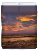 Sunrise On The Plains - Moon Over Prairie In Eastern Colorado Duvet Cover