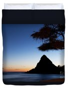Sunset At Pokai Bay Duvet Cover
