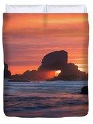 Sunset Behind Arch At Oregon Coast Usa Duvet Cover