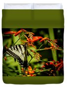 Swallowtail Hanging On The Crocosmia Duvet Cover