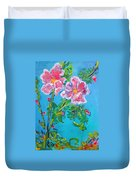 Sweet Pea Flowers On A Vine Duvet Cover