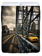 Taxi Crossing Smithfield Street Bridge Pittsburgh Pennsylvania Duvet Cover