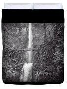 The Bridge At Multnomah Falls In Black And White Duvet Cover