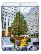 The Christmas Tree At Rockefeller Center New York City Duvet Cover