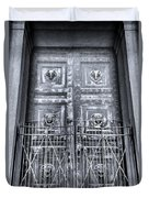The Door At The Parthenon In Nashville Tennessee Black And White Duvet Cover
