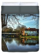 The Kennet And Avon Canal At Sulhamstead Duvet Cover