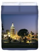 The Plaza In Kansas City, Mo, At Night Duvet Cover